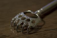 熊手型の孫の手