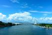 新幹線から見る浜名湖