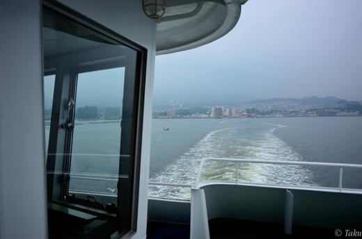 宮島口より連絡船で宮島へ